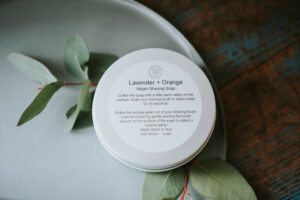 Father' Day gift guide  - Essential oil shaving soap